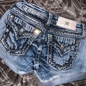 Miss Me Shorts size 24